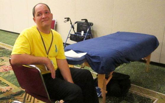 Donald Haumea - Massage